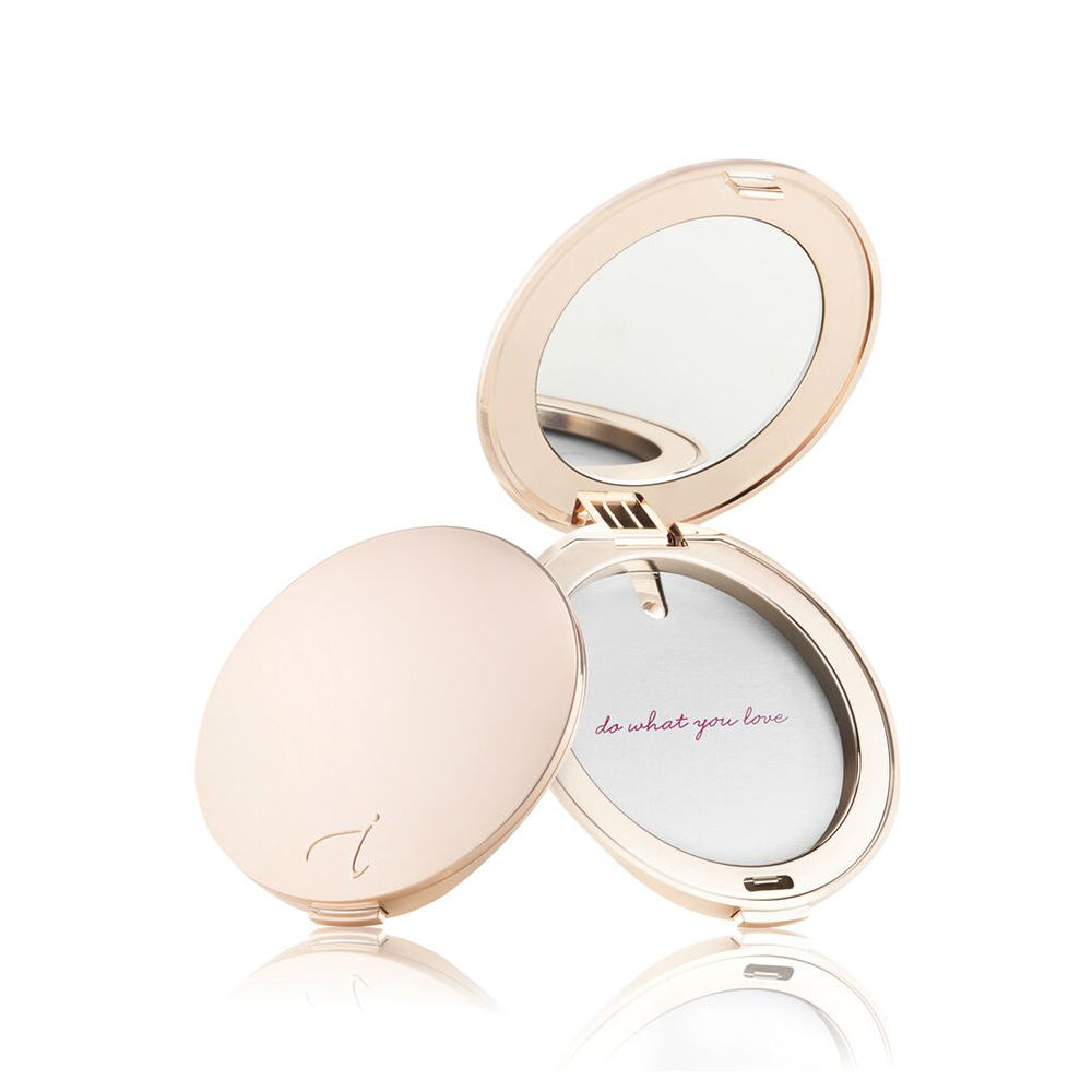 Pure Pressed Base Gold Compact